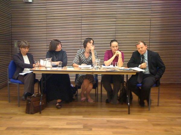 Manana Aslamazyan, Jo Glanville, Nina Ognianova and Richard Sambrook discuss the report.  Photo by englishpen on twitter