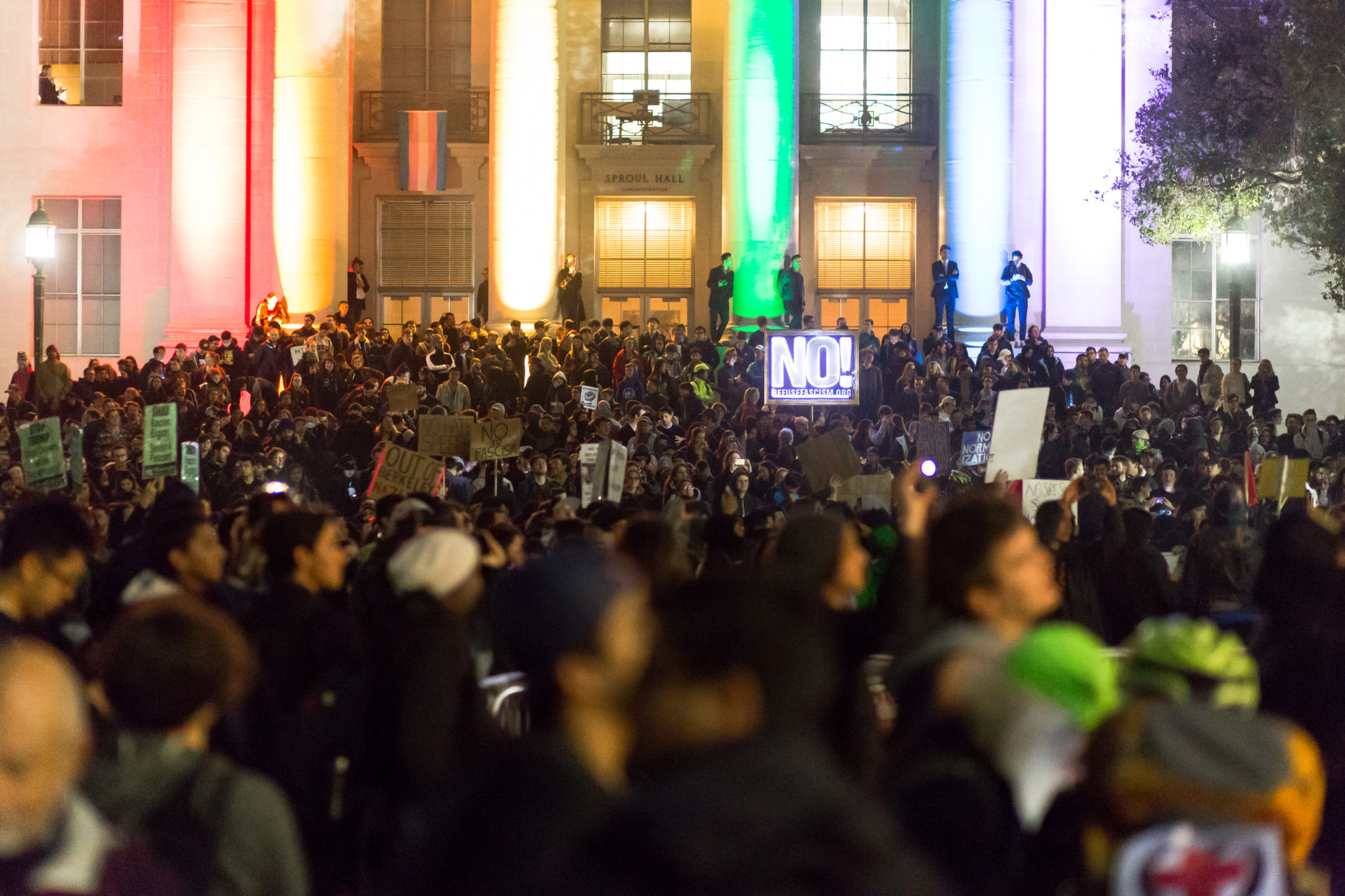 Demonstrations in Berkeley spurred by the planned visit of Milo Yiannopoulos. Photo by Jo Parks (Creative Commons Licence: Attribution Non-commercial)